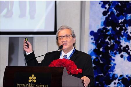 GS.BS. Nguyễn Chấn Hùng, chủ tọa hội thảo