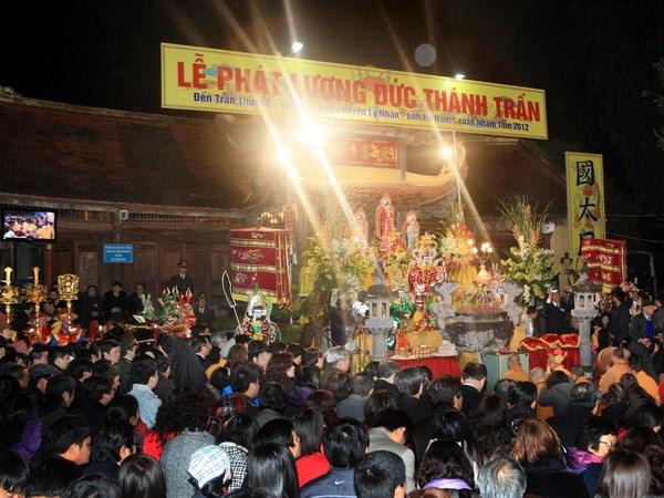 Phat luong Den Tran Thuong